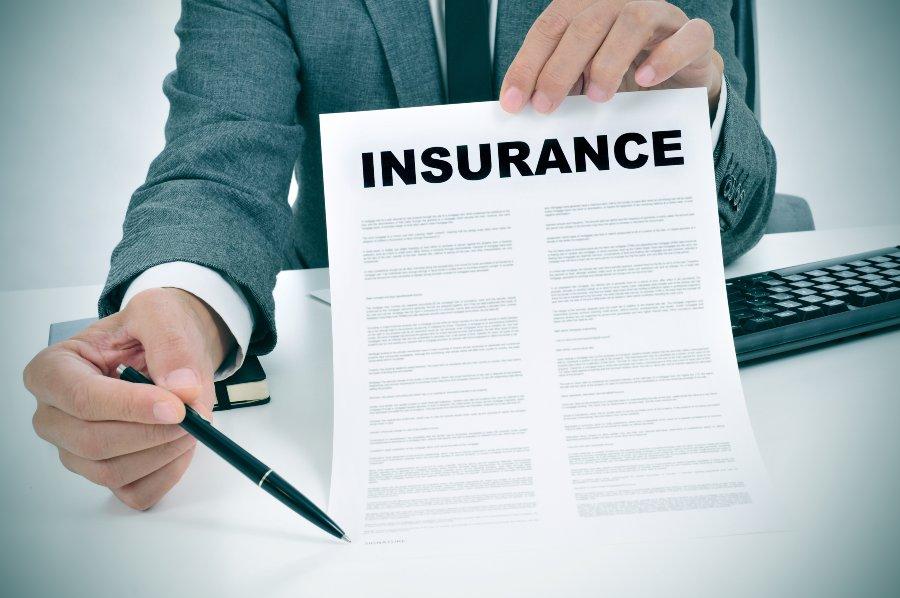 ¿Qué es un asegurado adicional?